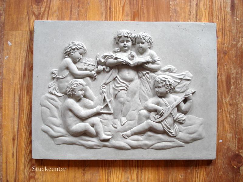 Decoration Plaque Musicale Pour Facade De Maison